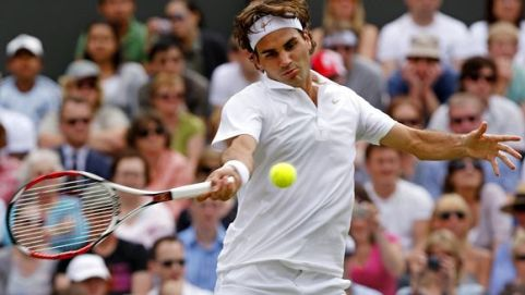 Perfect forehand by Roger Federer