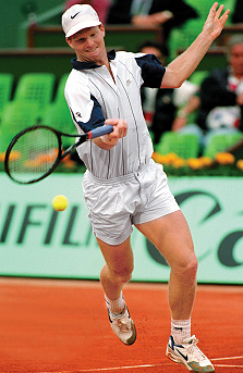 Jim Courier in the zone at Roland Garros